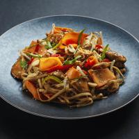 spicy-sesame-chicken-noodles